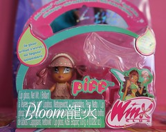 Pixie Kisses Piff [NIB] (Bloom龍火) Tags: new dolls kisses pixie collection inbox layla piff ballgown dollcollection winxclub dollcollector winxdoll winxmattel winxcollection
