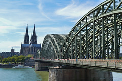 Cologne (matthew.taylor191) Tags: city holiday germany nikon cityscape kitlens cologne koln cathdral nikond3200