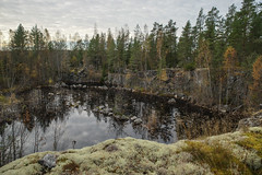 Pond by the fire place (TimoOK) Tags: suomi finland pond woods hiking path route mets kuni lampi vaellus polku reitti korsholm