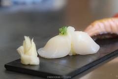 Momiji cocina japonesa (vieira-scallop) (MaxiKohan) Tags: food cooking valencia sushi cuisine japanese restaurant comida momiji japanesecuisine mercadodecoln niguiri cocinajaponesa maxikohanphotography