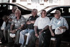 Saturday afternoon (Braiu) Tags: street old friends italy bench chat afternoon sicily sicilia vecchi realmonte