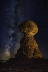 Balanced Rock Autumn Milky Way (Jerry T Patterson) Tags: balancedrock anp archesnationalpark archesnp moab discovermoab moabutah monumentvalley arches delicatearch northwindow turret turretarch doublearch landscapearch thefins mesaarch canyonlands kiva