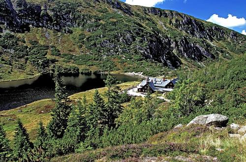shelter Samotnia on Little Pond