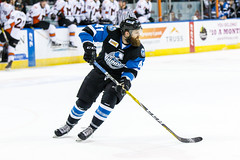 "Missouri Mavericks vs. Wichita Thunder, January 7, 2017, Silverstein Eye Centers Arena, Independence, Missouri.  Photo: John Howe / Howe Creative Photography • <a style=""font-size:0.8em;"" href=""http://www.flickr.com/photos/134016632@N02/32210088056/"" target=""_blank"">View on Flickr</a>"