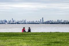 (::: M @ X :::) Tags: buenosaires sanisidro city rio river green cesped pasto contrastes people centro fav10 fav20 fav30 fav40 fav50