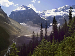 Looking into the Mountains (Andrew Luyten) Tags: mountain canada geotagged rockies hiking walk glacier exodus geolat5140485 geolon1162545