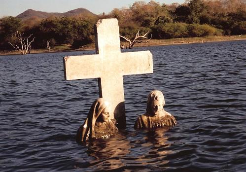 Underwater Tombstone
