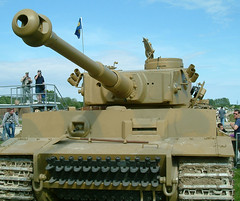 Tiger tank 131 close up (rikdom) Tags: 2004 army tank military german armor ww2 tanks panzer bovington tankfest