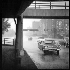 26 rainy day, storrow drive (nick dewolf photo archive) Tags: white black rain boston drive rainyday photos footbridge massachusetts plymouth area mass westbound backbay copleysquare northstation dewolf storrow parksquare nickdewolf mysticbridge photographbynickdewolf