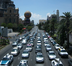 traffic in Las Vegas (by: mitmall, creative commons license)