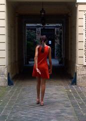 La robe rouge (Jessie Romaneix ) Tags: red woman paris france girl rouge dress robe femme fille reddress