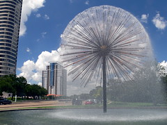Funky Fountain 작성자 J-a-x