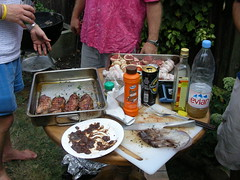BBQ Food by @cubicgarden, licensed under CC-BY-NC-SA 2.0