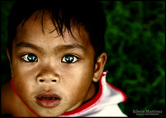 batang luneta1 (Edwin_Martinez) Tags: street kids portraits children child quality philippines manila filipino pinoy luneta 1on1peoplephotooftheday abigfave adminsfavenomore1wordcomments
