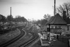 Lübeck Hbf 2016-04-04 (Michael Erhardsson) Tags: 20160404 lübeck hbf hauptbahnhof bahnhof station tyskland 2016 april svartvitt järnväg spår bangård