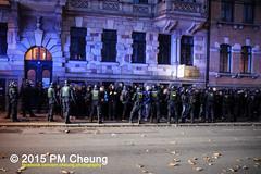 Proteste gegen Neonaziaufmarsch in Leipzig - Sdvorstadt - Connewitz - 12.12.2015 - Leipzig - le1212 IMG_8633 (PM Cheung) Tags: leipzig demonstration sachsen proteste sdvorstadt hooligans npd neonazis barrikaden csgas wasserwerfer nationalismus schlagstock krawalle rassismus naziaufmarsch gegendemonstration connewitz trnengas ausschreitungen sternmarsch sdplatz htwk rumpanzer christianworch karlliebknechtstrase pmcheung pomengcheung lotharknig facebookcompmcheungphotography dierechte pegida legida mengcheungpo silviorsler 12122015 leipzigconnwitz thgida offensivefrdeutschland leipzigbleibtrot protestfrfriedenundvlkerfreundschaft davidkckert gegenlinkenterrorunddielinkediktatur le1212