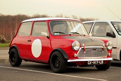 Austin Mini (seb !!!) Tags: auto old red england black france rot english classic cars coffee car canon austin rouge grande photo coach rojo automobile noir foto image britain negro picture bretagne mini voiture preto course vermelho hood british seb bild schwartz oldtimers rosso nero imagen coup capot imagem ancienne automvil populaire classique anciennes anglais wagen automobil capucha youngtimers 2015 automvel cap chambourcy cappuccio anglaise klassic 1100d abzugshaube