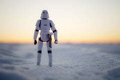 Cold Trooper (arnaud patoto) Tags: starwars trooper stormtrooper cinema toys ice snow sunset sun soleil neige glace froid sony alpha77ii jouets