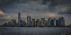 Cae el sol en Gotham (Pablo Mauriz Photography) Tags: bay nubes bahia sunset clouds skyline atardecer nyc