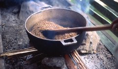 cocoa roasting, Punta Cana (ocarmona) Tags: cocoa canon eos5 eos a2e velvia50 velvia slide puntacana dominicanrepublic