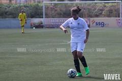 Sevilla Femenino - Hispalis 022 (VAVEL Espaa (www.vavel.com)) Tags: futbolfemenino hispalis futfem segundadivisionfemenina sevillavavel sevillafemenino juanignaciolechuga futbolfemeninovavel cdhispalis sevillafcfemenino