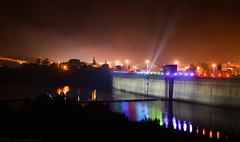 007 (Bandarphotos) Tags: reflection festival fog night lights exposure nightshot dam saudi abha السعودية انعكاس السد أبها أصواء صورةليلة