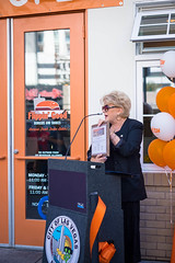 20151008-FlippinGood-03 (clvpio) Tags: vegas october downtown mayor lasvegas good burger event opening flipping goodman 2015