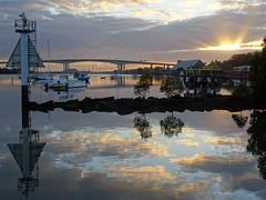 DSC00204 (taktiks80) Tags: water sunrise reflections