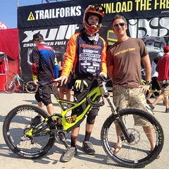 Stoked to meet up again with... (Harry Head) Tags: bike whistler racing dh mtb pnw crankworx gatorade inthezone maxxis tld whistlerbikepark headracing maxxistires troyleedesigns obsessionbikes ryderseyewear odigrips spankbikes winfromwithin uploaded:by=flickstagram atlasbrace foxairdh igersmtb gamutusa tldbike douhaveapair finelinesigns instagram:photo=10501458601084392981391066810 limenine tldcanada