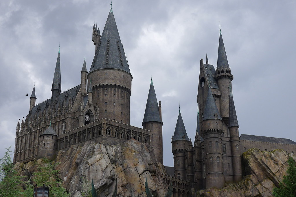 Hogwarts After Rain Yetanotherstephanie Tags Summer Wallpaper Orlando Rainyday Harrypotter Backgrounds