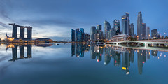 Moment of Silence (bing dun (nitewalk)) Tags: morning panorama marina sunrise bay flyer singapore cityscape esplanade cbd mbs