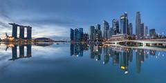 Moment of Silence (bing dun (nitewalk)) Tags: morning panorama marina sunrise bay flyer singapore cityscape esplanade cbd mbs
