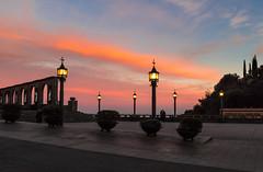 Cielo de Montserrat (carlosmotje) Tags: 750d colores colors montaña monte montserrat cielo paisaje nubes catalunya barcelona bcn atardecer arboles farola rio