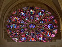 Stained glass windows from Middle Ages (Chemose) Tags: vitraux stainedglasswindow moyenage middleages rosace rosewindow cathédrale cathedral primatiale saintjean gothique gothic nef nave église church vieuxlyon rhône lyon france canon eos 7d hdr décembre december winter hiver