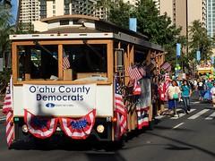 Aloha O'ahu (Pierre♪ à ♪VanCouver) Tags: hawaii democracy protest usa