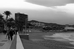 when day becomes night (pepe amestoy) Tags: blackandwhite streetphotography people elcampello spain fujifilm xe1 carl zeiss t planar 250 zm leica m mount