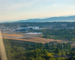 Morning Approach Into #KSEA (AvgeekJoe) Tags: iflyalaska aerialphotograph america d5300 dslr ksea kingcounty nikon nikond5300 seatac seatacairport seatacinternational seattletacomainternational seattletacomainternationalairport usa washington washingtonstate aerial aerialphoto aerialphotography airport