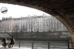 REST IN SENA (lonewolf_studio) Tags: paris sena river coffe relax francia france keepcalm photography streetphotography fotografia fotografiaurbana rio duelo xataka ngc