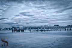 Walnut beach pier at low tide (Singing With Light) Tags: 16th 2016 alpha6000 autumn charlesisland october singingwithlight fall photography singingwithlightphotography sony sunset walnutbeach