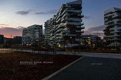 Residenze Hadid, Milano (Obliot) Tags: miano building obliot bench mp orange clouds lights trees blue 2017 screensaver hadid sky park residenze morning sunrise citylife milano lombardia italia it