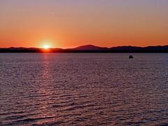 Sorge il sole (giorgiorodano46) Tags: italy sunrise mare alba talamone lazio ottobre mattino 2014 tirreno