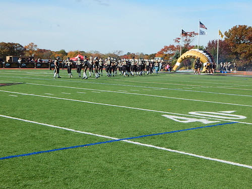 "Sachem North vs Bay Shore • <a style=""font-size:0.8em;"" href=""http://www.flickr.com/photos/134567481@N04/22030670413/"" target=""_blank"">View on Flickr</a>"