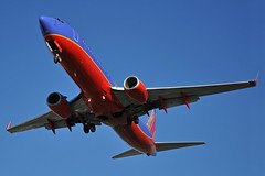 N8649A (Rich Snyder--Jetarazzi Photography) Tags: southwestairlines southwest swa wn boeing 737 737800 7378h4 b737 b738 n8649a arriving arrival approach approaching losangelesinternationalairport lax klax westchester california ca airplane airliner aircraft jet plane jetliner