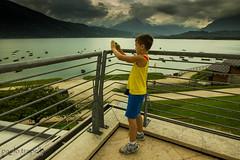 futuro fotografo ? (paolotrapella) Tags: fotografo bambino panorama acqua