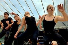 Ballet Beauties (Eddy Allart) Tags: scapino rotterdam dancers dansers gilrs women stage performance baile mujeres outdoors