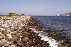 20022017-Salina - estate 1995 2.jpg (degeronimovincenzo) Tags: lingua mediterraneo summer wet sassi puntalingua eolie salina mare faro sea estate sicilia italia it