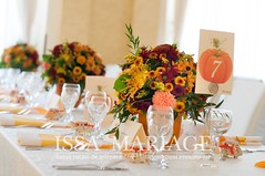 aranjamente nunta speciala (IssaEvents) Tags: decor nunta portocaliu portocalii aranjamente florale issa issamariage issaevents bostani bostan organizare evenimente valcea