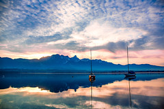 Thunersee 2 Boote Pano (Bugtris) Tags: 2470f4l stockhorn thunersee landschaft see water canon 5dmkiii alpen boot