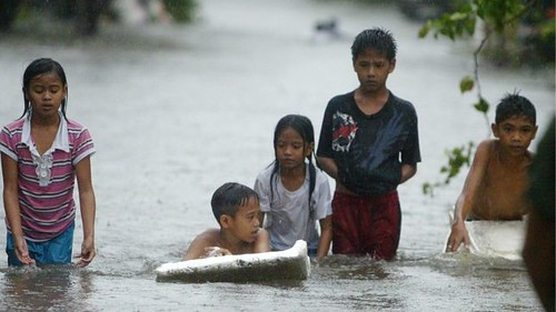 Day 146 Philippines typhoon Koppu 1 dead 15k evacuated