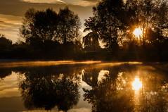 sunrise (drummerwinger) Tags: rot sunrise sonnenaufgang gaden weiher